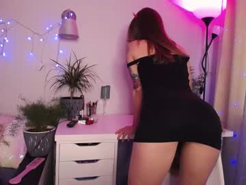 [24-10-21] holy_khloe private sex show from Chaturbate