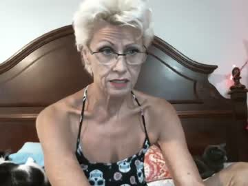 [16-10-19] citcat17 video from Chaturbate.com