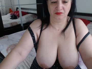 [08-04-19] hot_curvy record show with toys from Chaturbate.com