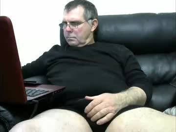[04-01-20] johnyjoy private show from Chaturbate