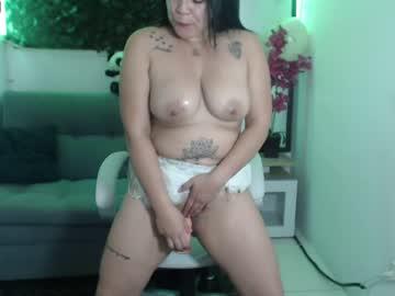 melissa_hot300