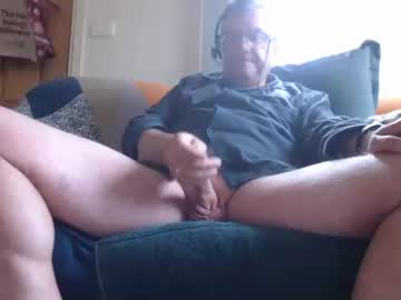 [19-04-21] aussiemalet premium show video from Chaturbate