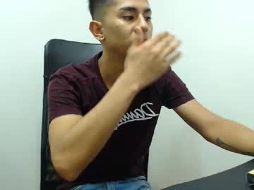 [26-02-20] santii_arias show with cum from Chaturbate