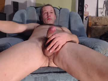 [17-03-20] herrzaubern show with toys from Chaturbate