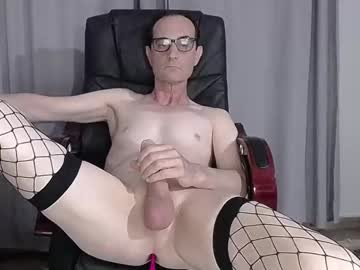[04-06-21] xslave1x public show from Chaturbate.com