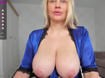 [22-10-21] bigboobsalise cam show from Chaturbate