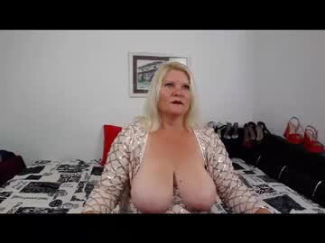 [22-09-20] laurawings blowjob show from Chaturbate.com