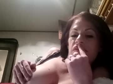 [02-12-20] letmeclearmythroat cam show from Chaturbate