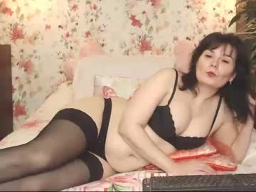 20-02-19 | petitmilfy record video with toys from Chaturbate