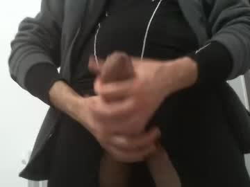 [04-12-20] artur9333 video with toys from Chaturbate
