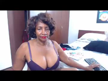 [10-06-19] maturehotlatin69 record private show from Chaturbate