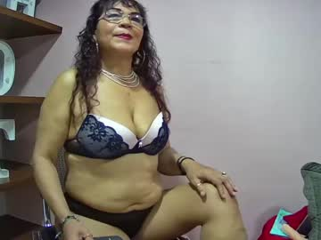 [17-04-21] esma_bradley record webcam video from Chaturbate