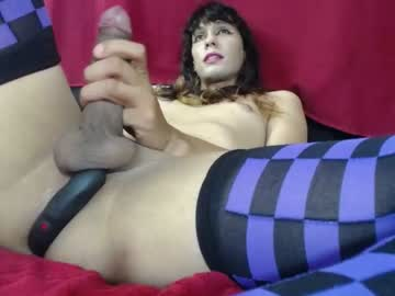 [26-12-19] mgroxxy webcam video from Chaturbate