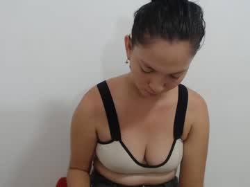 [26-08-21] isabella_milux_ show with toys from Chaturbate.com