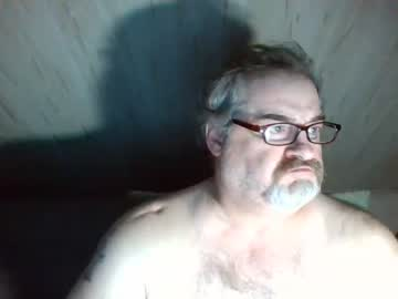 [01-09-19] huggybear566 show with toys from Chaturbate.com