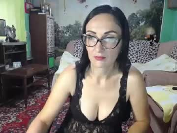 [02-09-21] aliceexcite record video with toys from Chaturbate