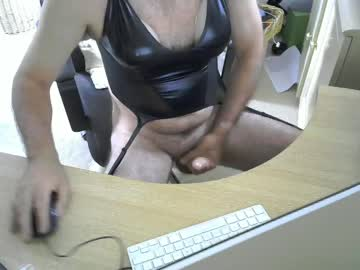 [01-09-19] hushpuppyloves69 record video with dildo
