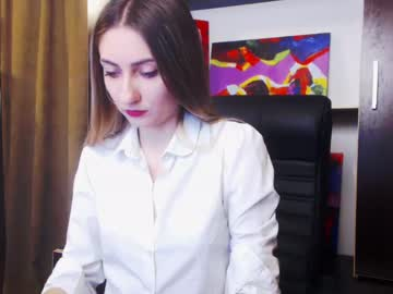 [28-03-19] layla_sex1 record video with dildo