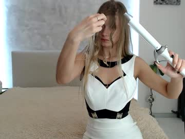 [10-10-19] belka22 record public show video from Chaturbate.com