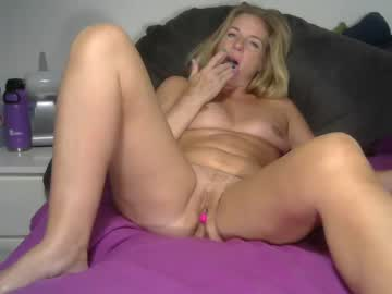 [21-07-19] zoe_ph show with toys from Chaturbate