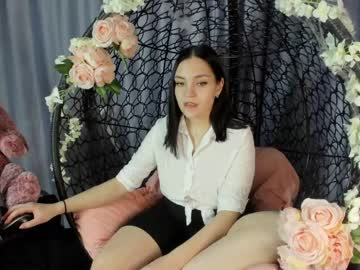 [29-10-20] kristy_monelle record video with dildo