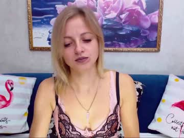 [22-09-19] melanikaw record video with toys from Chaturbate