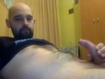 [18-04-21] vitosikhorny public webcam video from Chaturbate.com
