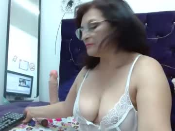 [15-10-21] angelickmilfx record show with toys from Chaturbate