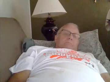[04-10-19] charles3951 private webcam from Chaturbate