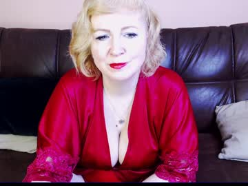 [22-03-19] wifeyneeds record public webcam from Chaturbate