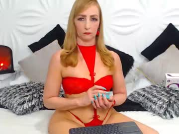 [29-10-20] celestee_greey webcam video from Chaturbate.com