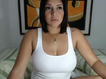 [13-04-19] madeleyn_hot_2 record public show from Chaturbate