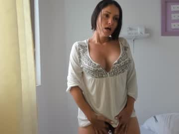 10-01-19 | momyfuck_milf record show with cum from Chaturbate