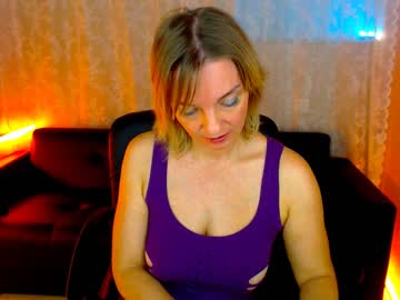 [06-07-19] regan_lovely public show from Chaturbate.com