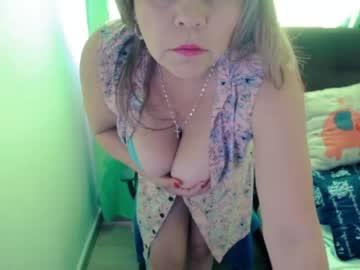 isabella_hotxxx chaturbate