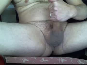 [22-11-19] dadbod1223 record video with dildo