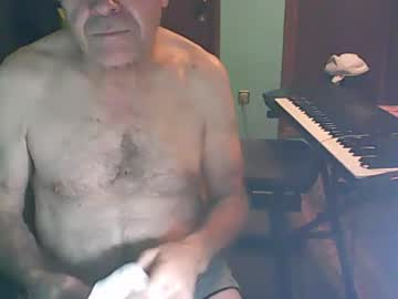 [08-10-19] bassistluis show with cum from Chaturbate.com