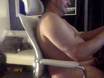[30-10-20] nakedguy478 public show from Chaturbate