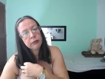 playful_hungry chaturbate