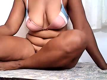 [03-12-20] angelina_julie69 public show from Chaturbate.com