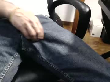 [15-10-21] letymickey public show video from Chaturbate
