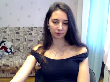 09-01-19 | sydneyaly webcam video from Chaturbate