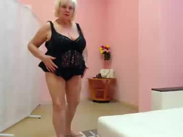 [12-08-19] xblondebomb webcam show from Chaturbate.com