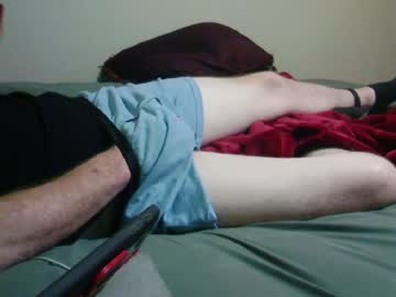 [22-09-19] chuckie2624 public show from Chaturbate.com