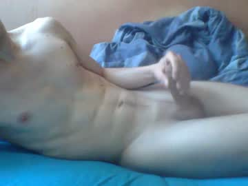 [16-03-20] sexisten08 blowjob video from Chaturbate