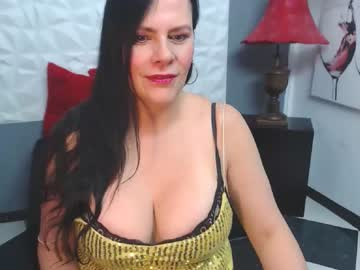 [16-12-19] tiffanygolld_ cam show from Chaturbate.com