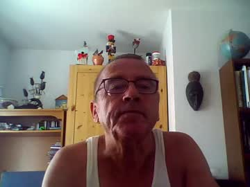 [03-07-20] bladada52 video with toys from Chaturbate