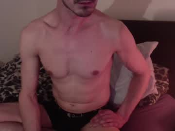 [14-04-21] roberto583 private sex show from Chaturbate