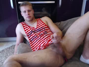 [07-06-20] hot_russian_leo public show from Chaturbate