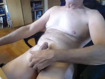 [17-08-19] randyinwis public show video from Chaturbate.com